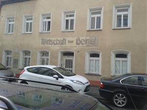Dieses Wirtshaus hat leider zu, trotz der schönen Schriftart.