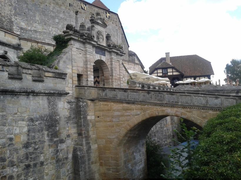 Der Eingang zur Veste.
