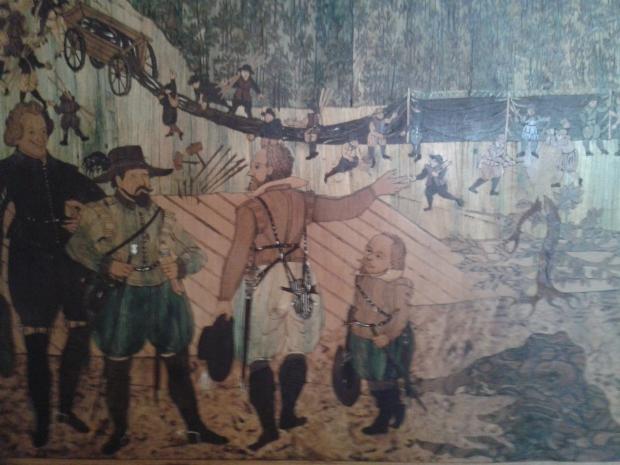 Ein Detail der Holzarbeiten an der Wand. Der Kleinwüchsige war immer mit dabei.