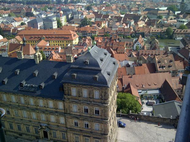 Eine Aussicht für Architekturhistoriker, vom gotischen Dom auf die barocke Innenstadt