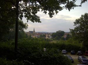 Schöne Aussicht die 2. Und wenn ihr brav seid (und die Kameraauflösung es hergibt), könnt ihr in der Ferne vielleicht sogar Bamberg sehen.