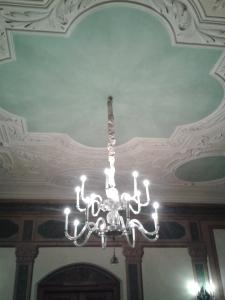 Bei den Regensburger Decken lohnt sich der Blick nach oben