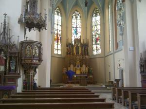 Ist das nun Gotik oder Neugotik? Hauptsach' katholisch.