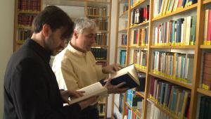 Zwei Theologen unter sich.