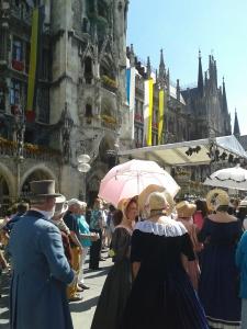 ...oder Münchner: der bayerische Barock-Katholizismus spricht eine universale Sprache.