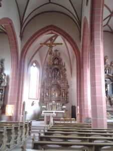 Die Kirche in Frickenhausen vereinigt Gotik und Barock.