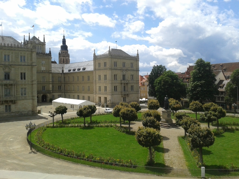 Diese Residenz ist kein englisches Landschloss, sondern steht in Bayern.