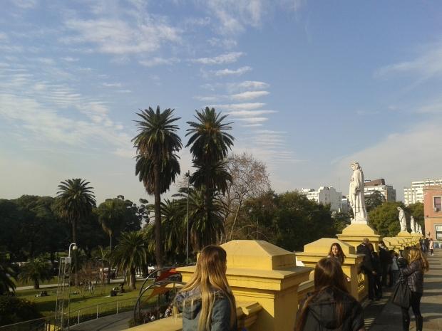 Von den Palmen darf man sich nicht täuschen lassen: In Buenos Aires kann es auch kalt werden.