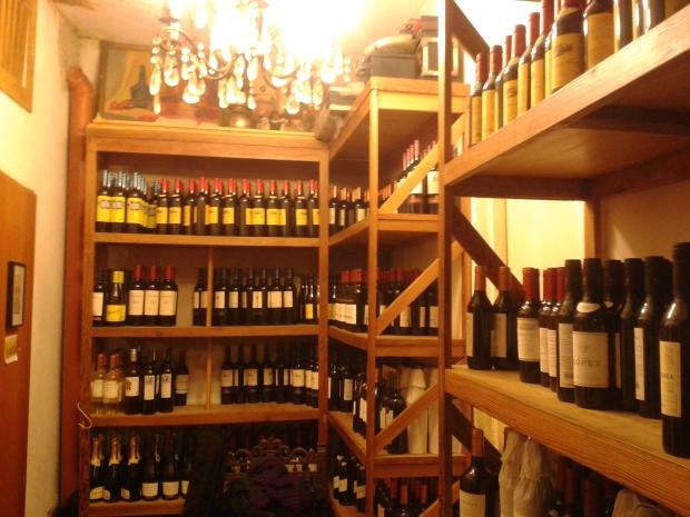 Argentinien hat hervorragende Weine zu bieten. Den Malbec darf und soll auch trinken, wer ansonsten kein Rotweinfreund ist.