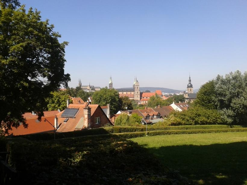 Alles auf einen (Aus)Blick: Rechts die Stephanskirche, dann die Obere Pfarre, der Dom und schließlich St. Michael.