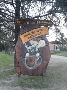 Ein bayerischer Empfang am Busbahnhof im Villa General Belgrano.
